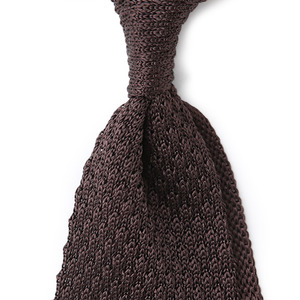 Chicken needlepoint Knittie_Brown